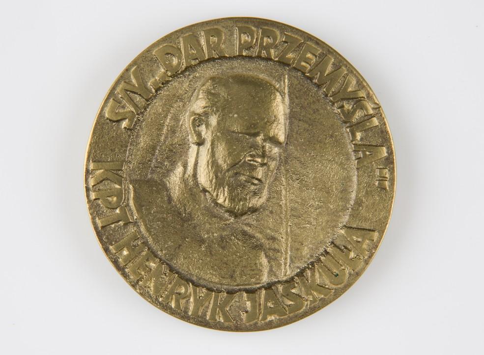 """Medal """"s.y. Dar Przemyśla. Kpt. Henryk Jaskuła""""."""