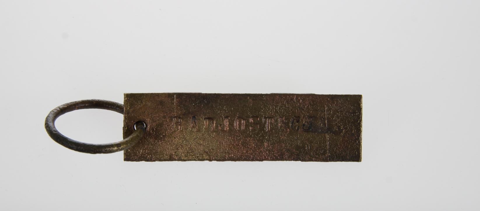 Zawieszka od klucza z napisem RADIOSTACJA