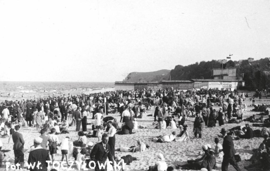 Święto Morza 1932 – Wycieczki na wybrzeżu morskim z albumu Widoki polskiego morza i półwyspu, Władysław Toczyłowski, lata 1932–1934