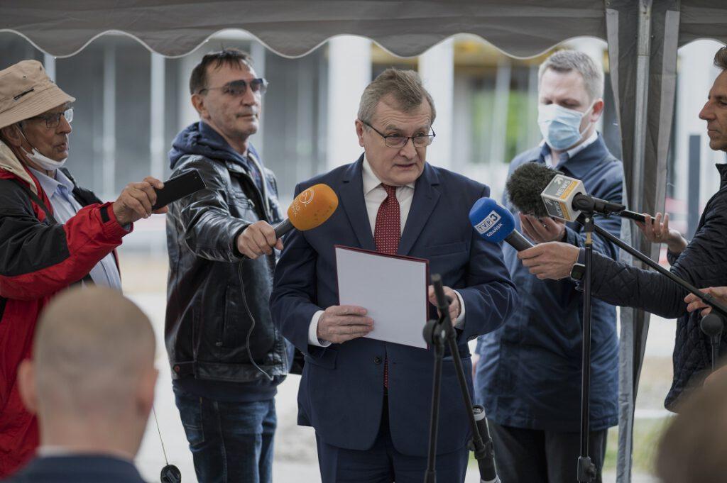 Prof. Piotr Gliński, Wiceprezes Rady Ministrów, Minister Kultury, Dziedzictwa Narodowego i Sportu, podczas uroczystego przemówienia