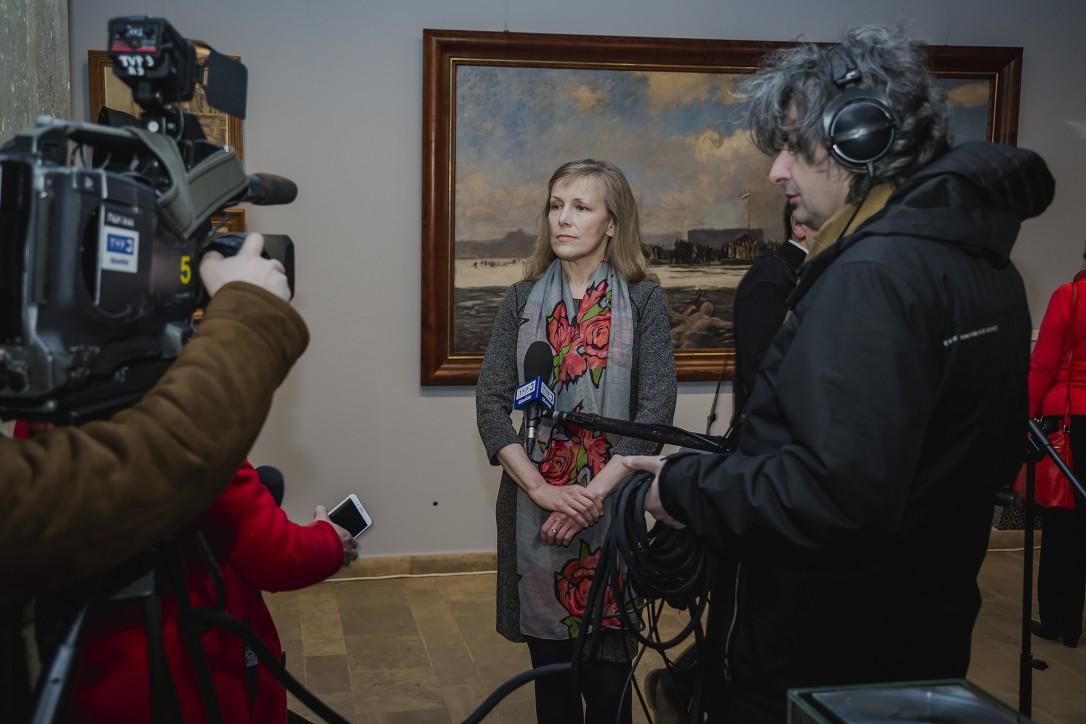 """Wernisaż wystawy """"Puck 10 lutego 1920 oczami świadków"""". Dr Monika Jankiewicz-Brzostowska"""