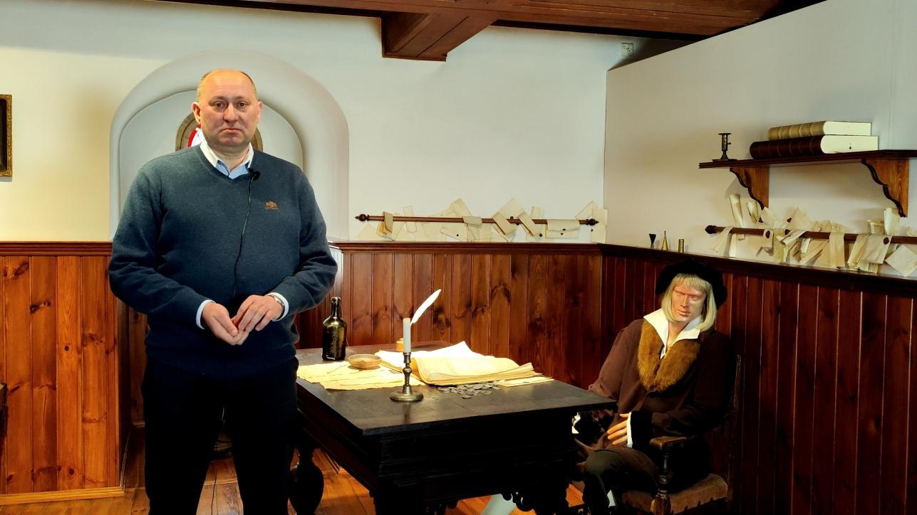 Wojciech Ronowski, kurator wystawy stałej w Żurawiu