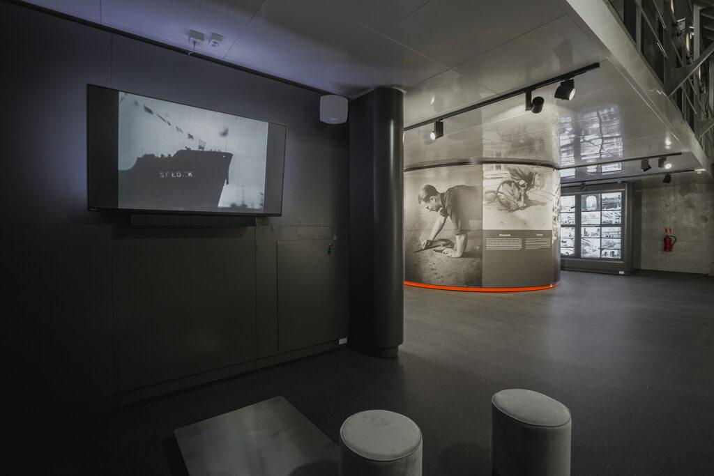 Stanowisko multimedialne na dolnym poziomie ładowni nr 3